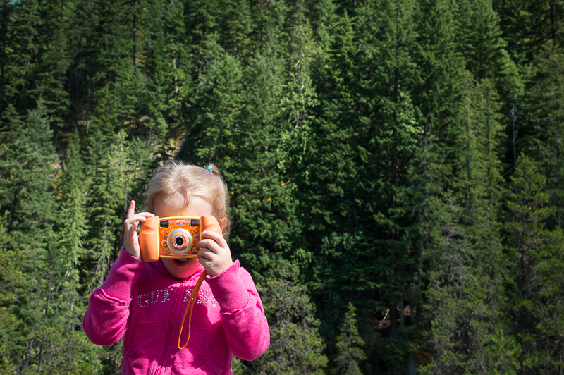 Snohomish Family Photographer - Girl with Camera 10