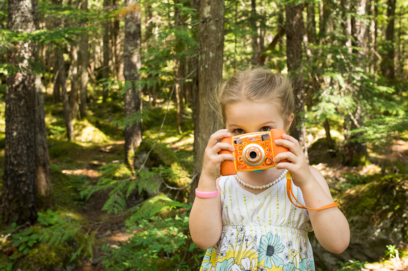 Snohomish Family Photographer - Girl with Camera 16