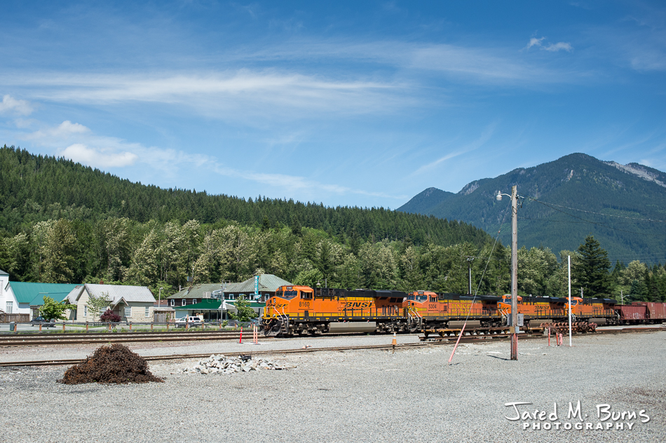 Train yard in Skykomish.com