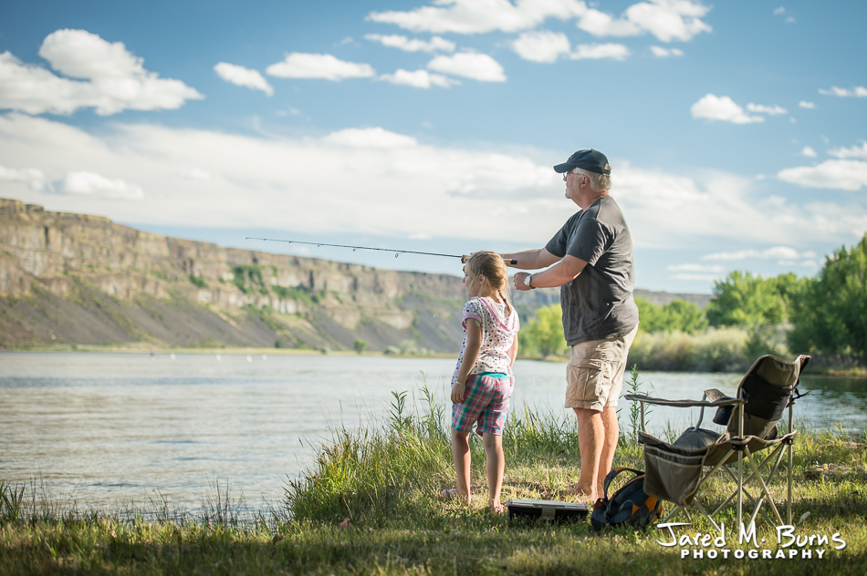 Snohomish portrait Photographer, Jared M. Burns - Grandpa and Granddaughter fishing in Eastern Washington