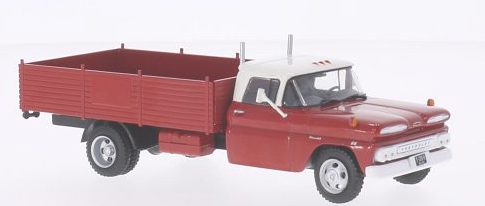 WB136    Chevrolet C 30 Truck, 1961, rood/wit, Whitebox