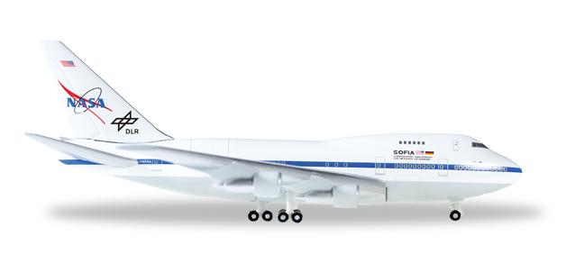 """528498  Boeing 747SP """"Sofia"""""""