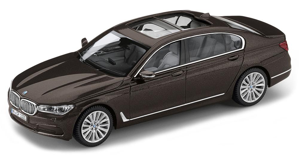 80422405588  BMW 750Li G12, bruin, Paragon