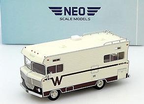 46630  Winnebago Brava, bruin, Neoscale Models