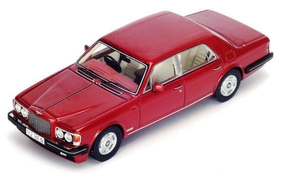 S3812  Bentley Brooklands 1992, rood, Spark