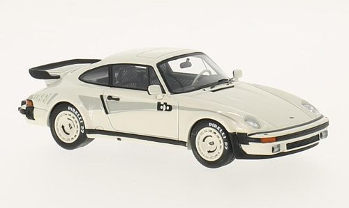 46585  Porsche 930 BB Coupé, wit, Neoscale Models