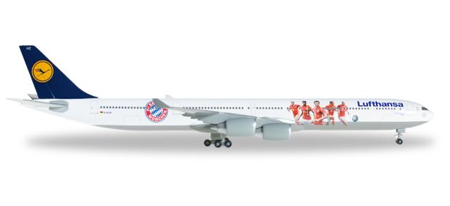 "529747  Airbus A340-600 ""Lufthansa FC Bayern 2016"""