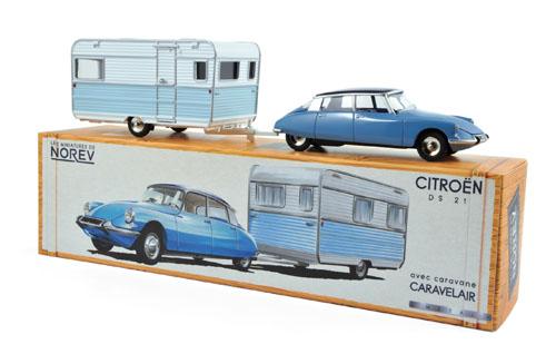 CL1511  Citroën DS21 + Caravan, Norev