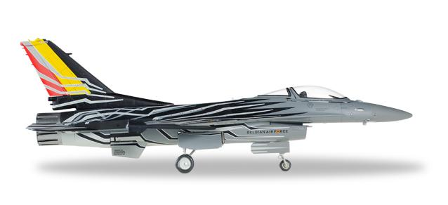 "580137    Lockheed Martin F-16AM Fighting Falcon ""F-16 Solo Display Team"" (B)"