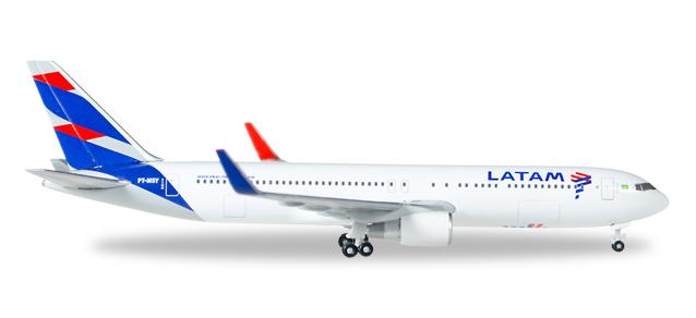 """529655  Boeing 767-300 """"LATAM (Brasil)"""""""