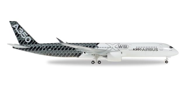 "528801-001  Airbus A350XWB ""Carbon F-WWCF"""