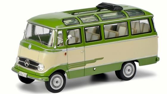 450291700  Mercedes-Benz O 319, groen/beige, Schuco