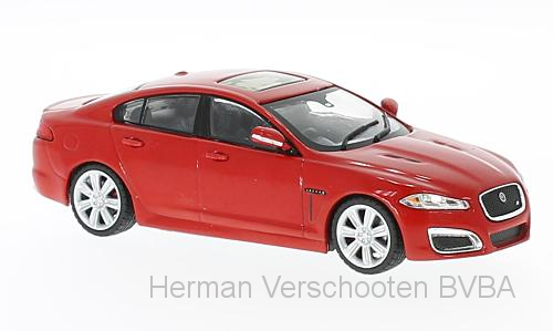 WB230    Jaguar XFR 2010, rood, Whitebox
