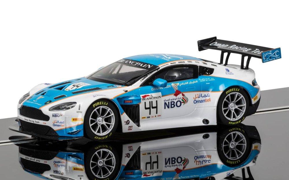 """3843  Aston Martin Vantage GT3 """"Oman Racing Team, No.44"""", Scalextric"""