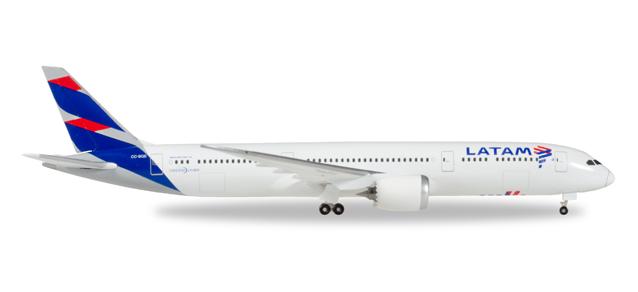 """530231  Boeing 787-9 """"LATAM"""", Herpa Wings"""