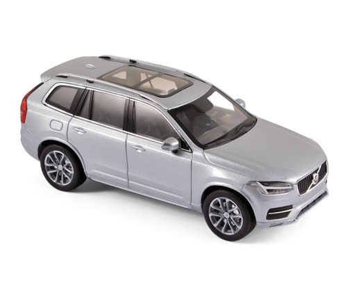 870053    Volvo XC90 2016, Electric Silver, Norev