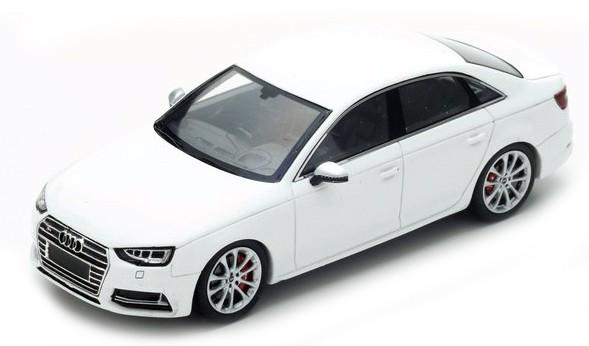 S4887  Audi S4 2016, wit, Spark