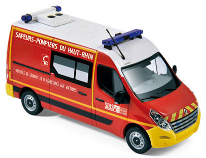 "518769  Renault Master 2011 ""Pompiers - VSAV"", Norev"