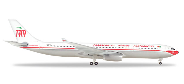 "530668    Airbus A330-300 ""TAP Portugal - Retrojet"", Herpa Wings"