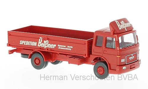 "51902    MAN Laadbakvrachtwagen ""Spedition Beibner"", Wiking"