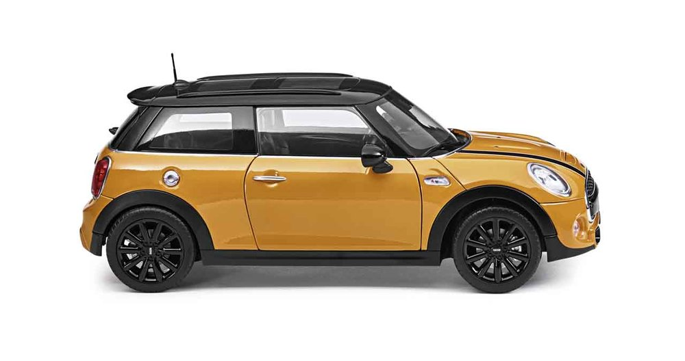 80432413800    Mini Cooper S, Volcanic Orange, Norev