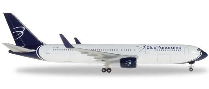 """531559 Boeing 767-300 """"Blue Panorama città di Milano"""", Herpa Wings"""