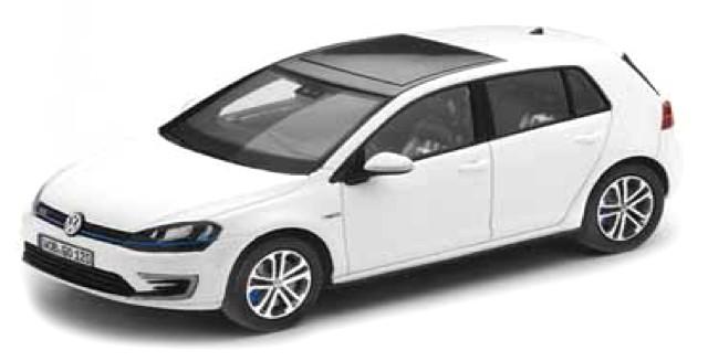 5G1099300C9A Volkswagen Golf 7 GTE, wit, Herpa