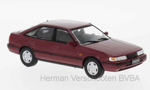 WB231 Mazda 626 met. donkerrood, Whitebox