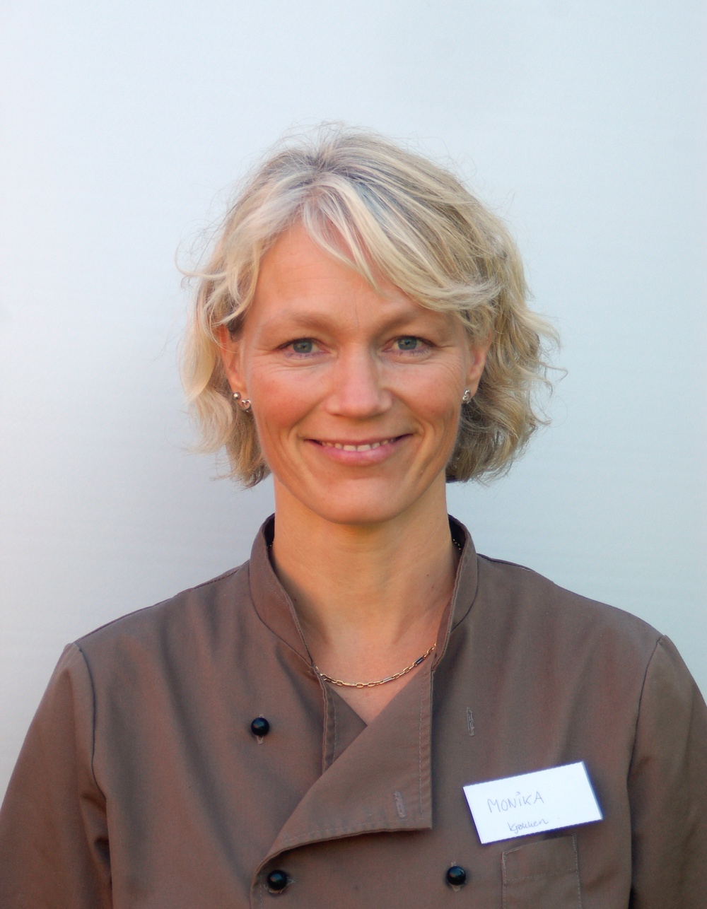 Monika Brekkvassmo Internat/kjøkken.Monika ogde andre på kjøkkenet lager god, variert og næringsrik mat