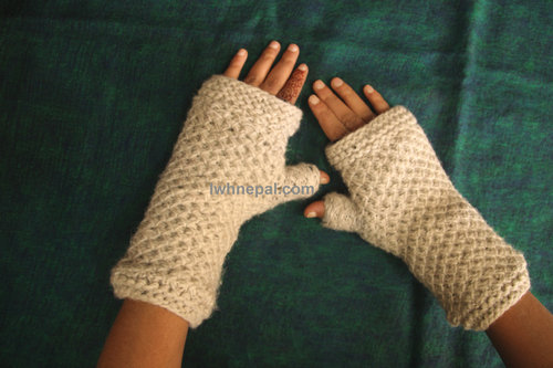 Wool Mits And Gloves Local Women S Handicrafts