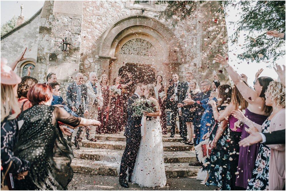 weddingconfettiphoto