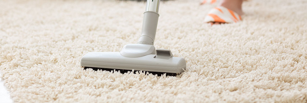 It's an important concern, and the idea that carpets aren't good for those who suffer from allergies has been gaining ground in recent years. Be that as it may, we're pleased to report that carpet isn't bad for allergies — in fact, quite the opposite is true. We get homeowners from around Lisle and Wheaton who ask about this regularly—here's a breakdown of why allergy suffers should actually seek carpeting.