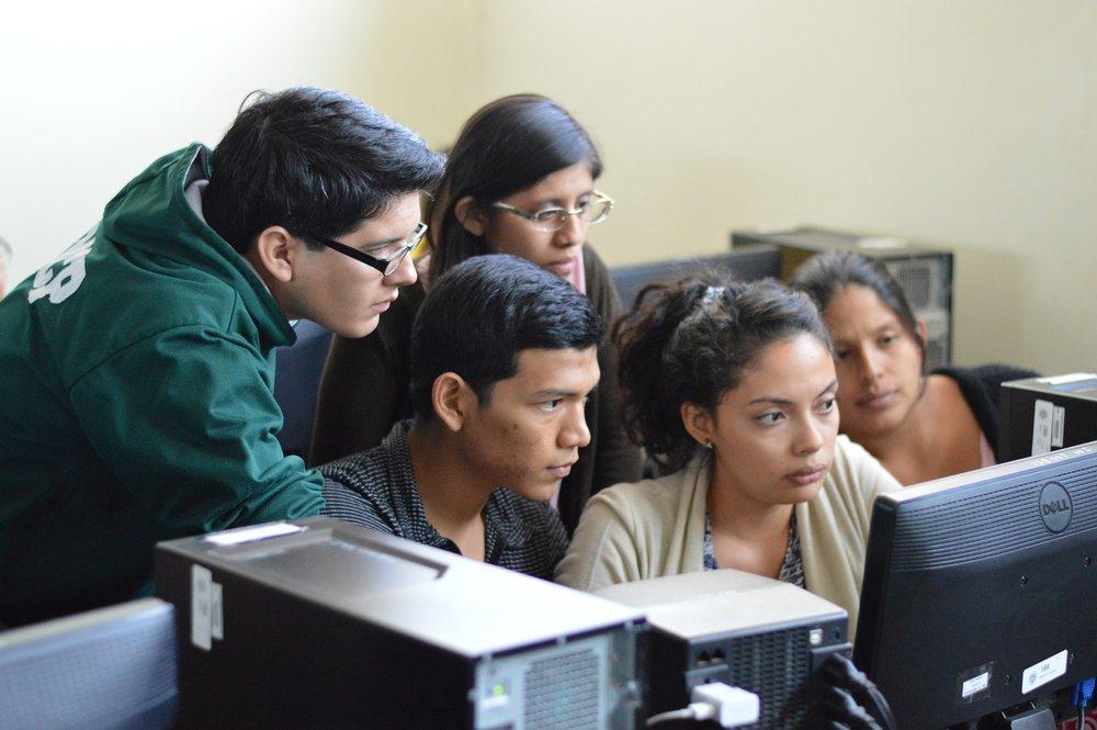 43% de padres mexicanos consideraría enviar a sus hijos a estudiar al extranjero. Sin embargo, México no destaca como destino atractivo para cursar una carrera. -