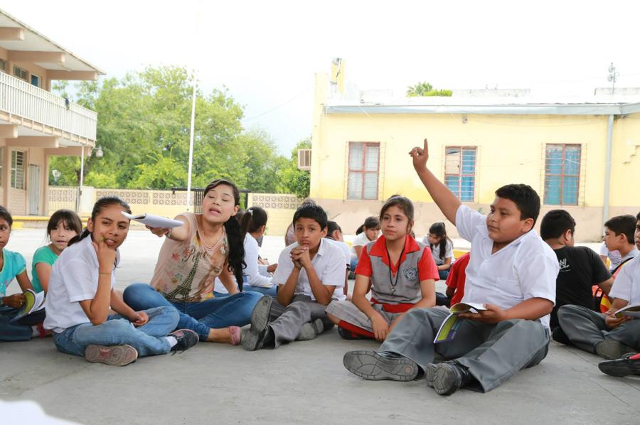 Vía Educación es una organización sin fines de lucro que busca formar ciudadanos corresponsablesy generar aprendizaje de calidad mediante estrategias innovadoras. - Fotos y video: Vía Educación