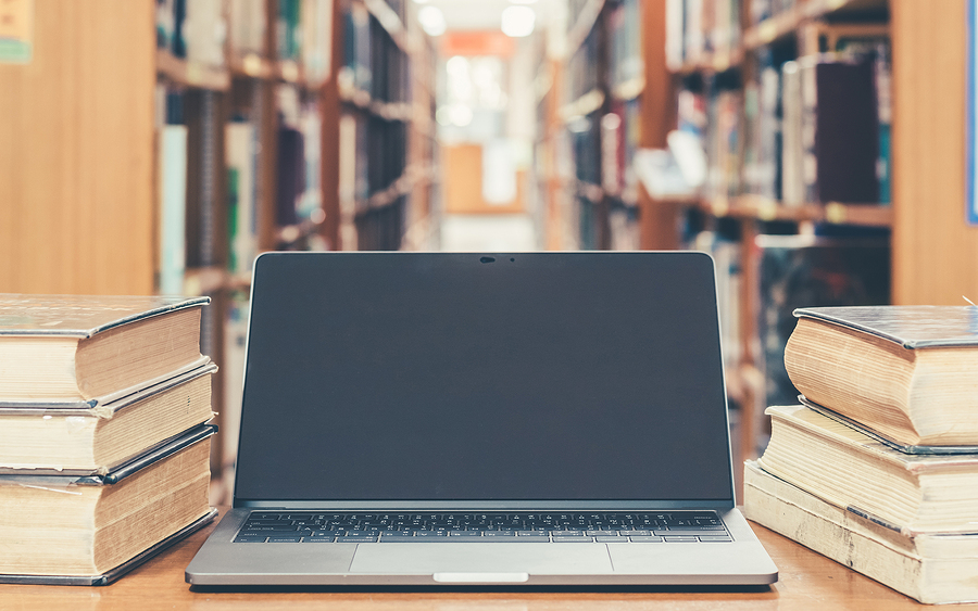 Este glosario de innovación educativa busca ser una guía para docentes que buscan mantenerse informados de las tendencias emergentes en pedagogía y tecnología educativa. -