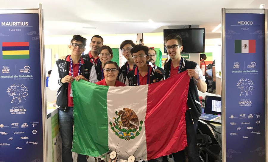 Gracias al desempeño de su robot Mu'k'a'an, el equipo mexicano obtuvo la medalla de plata en el Albert Einstein Award for FIRST Global International Excellence 2018. -