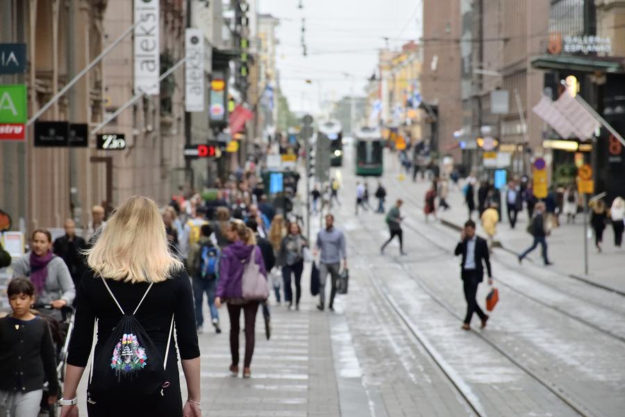 Conscientes de que no tienen los recursos para competir contra China o los Estados Unidos en el desarrollo de inteligencia artificial, Finlandia planea convertirse en potencia mundial en cómo esta tecnología se aplica. - Foto: FutureSmart