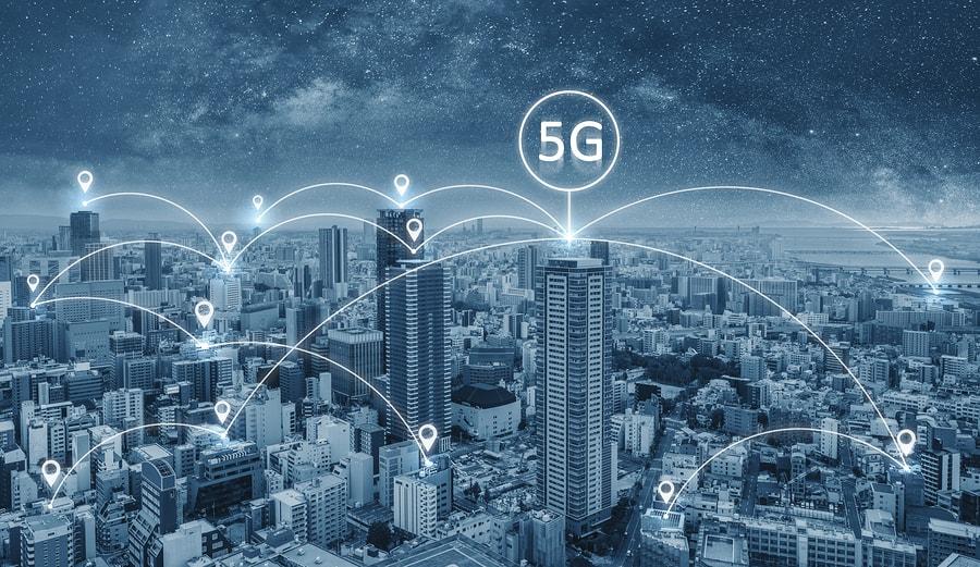 Estas tecnologías incluyen arquitecturas de redes avanzadas, computación sin servidores e interfaces inteligentes, además de mayor impulso al desarrollo de experiencias digitales y en la nube. - Imagen: Bigstock