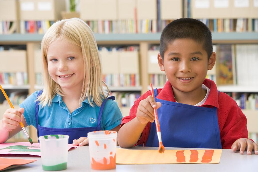 Mad Science y Crayola se asocian para lanzar un programa diseñado para brindar enriquecimiento artístico después de la escuela. - Foto: Bigstock