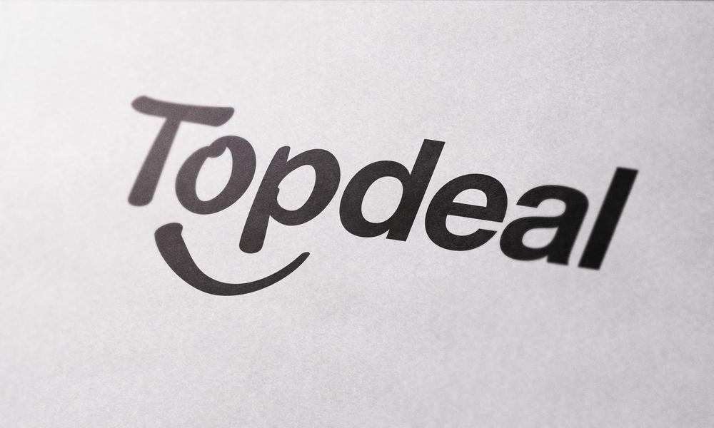 CloseUp Textured Paper Logo MockUp.png