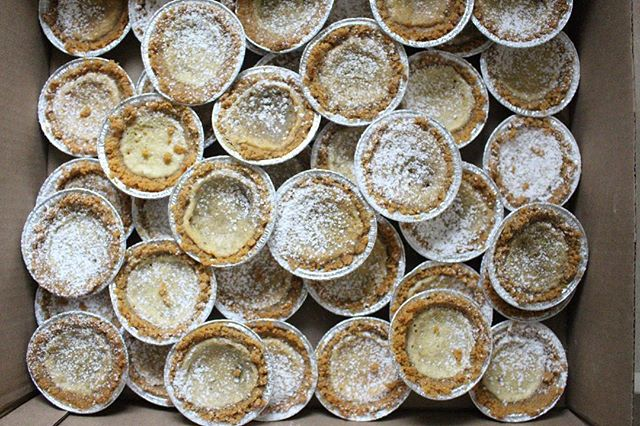 A little more than half of an order of 100 mini crack pies ✨ What are you baking during the holidays?!