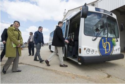 Congressional Staffers Board one of University of Delaware's Fuel Cell Hybrid Buses, Powered by Ballard Power (Source: UDaily)