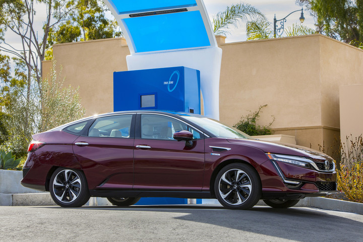 2017 Honda Clarity Fuel Cell. Source: Honda