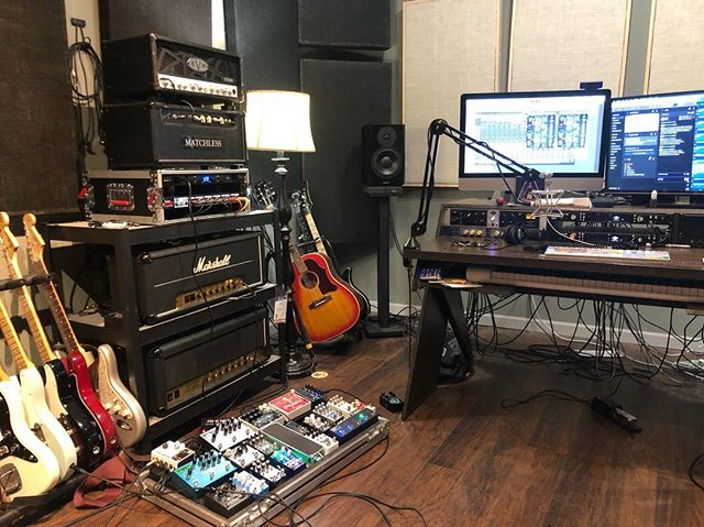 stream is live! i'm gonna be spending most of the day laying down tracks for @chaseblissaudio's band @mostly_treesband. joel will be popping in periodically. plus my friend @the_lawrence_b will be hanging out. join us at twitch.tv/andyothling