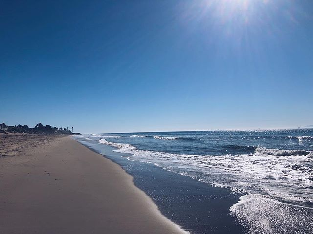 Santa Barbara beach 48 of 49: Padaro Beach! (a.k.a. Santa Claus Beach) . . . #sbbeaches2018 #santabarbara #santabarbaracounty #californiacoast #californiaholics #california_igers #californiacaptures #explorecalifornia #naturalcalifornia #unlimitedcalifornia #visitcalifornia #wildcalifornia #exploringnature #surroundedbynature #lostinnature #natureenthusiast #getlostinnature #exploreoutdoors #natgeocreative #yourshot #igersnature #naturelover #naturehub #discoverearth #naturegirl #carpinteria #padarobeach #santaclausbeach