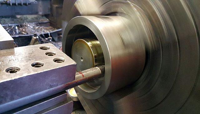 Turning a bore with a carbide boring bar. Just another day's work. #machinist #jobshop #machinistlife