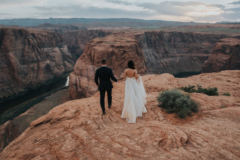 Horseshoe Bend Elopement3.jpg