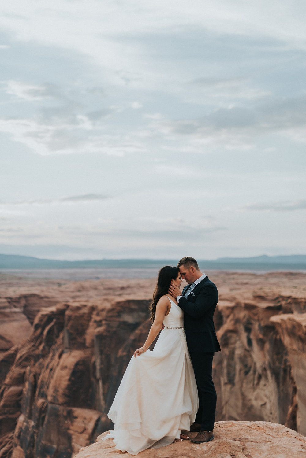 Horseshoe Bend Elopement4.jpg