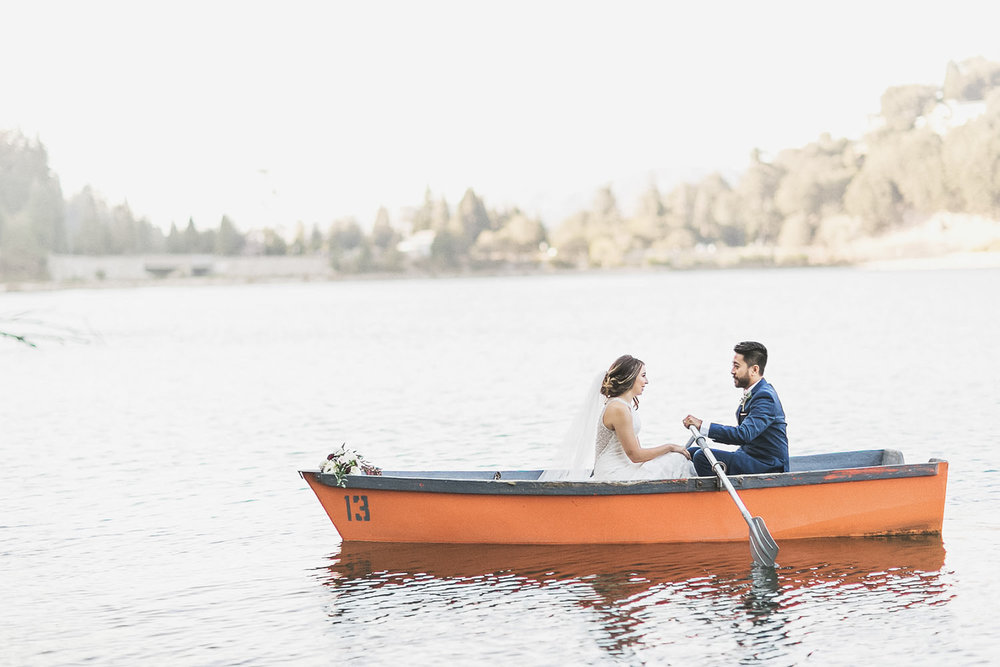 alison-billy-wedding-boat-rowboat-pine-rose-san-moritz-lodge-crestline-big-bear-lake-arrowhead-photography.jpg