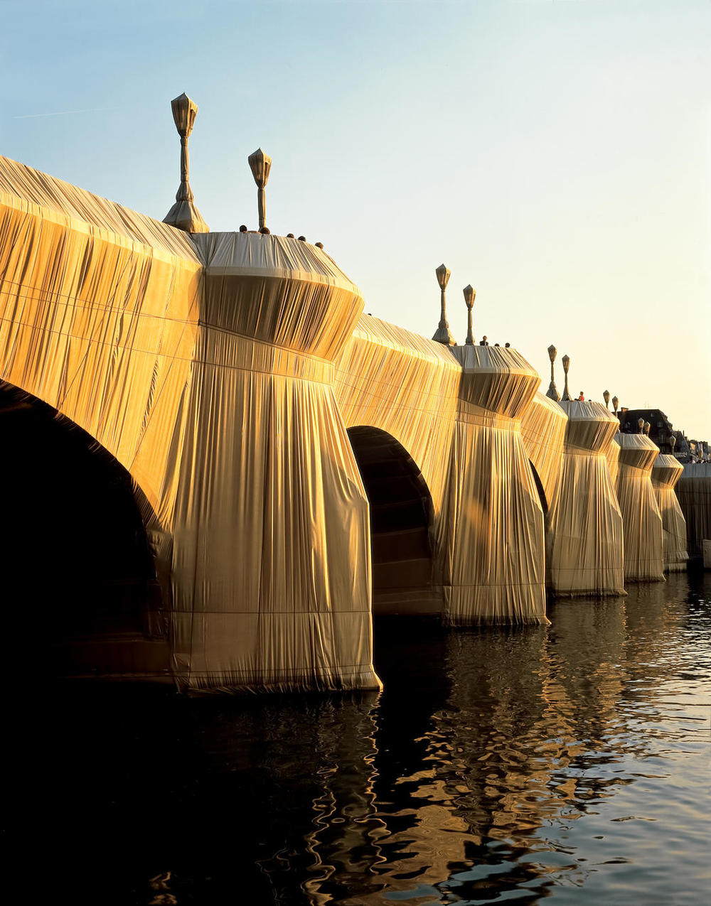 Christo and Jeanne-Claude. The pont neuf wrapped. Paris. 1975-1985